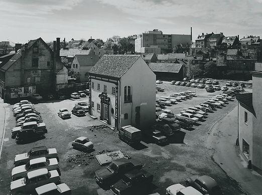 00_History_Salon_mit_Parkplatz_CYMK_edit