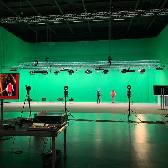 KUBOTA Greenscreenstudio