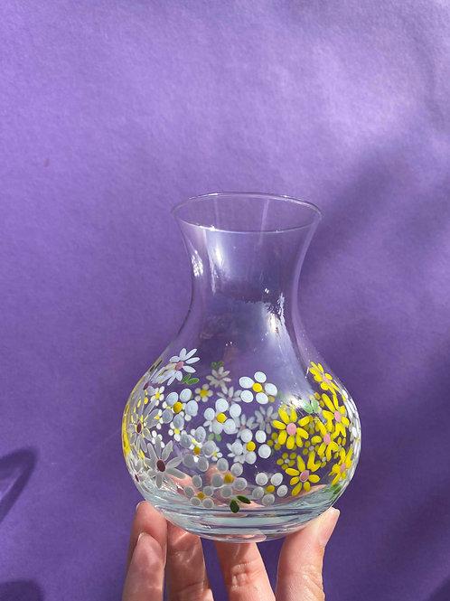 Daisy vintage mini curvy vase
