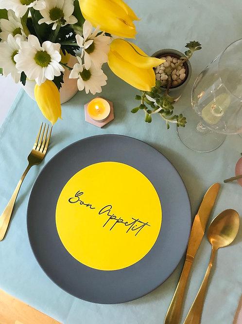 Bonbon Bon Appetit cut out plate decor