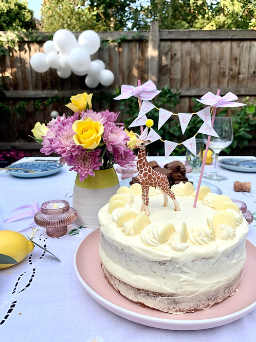 Baby Giraffe & customised mini bunting cake topper