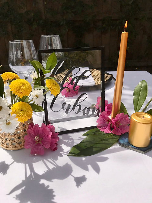 Bold Blooms table sign
