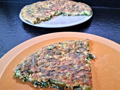 Fanes et autres restes verts en omelette, la recette anti-gaspi