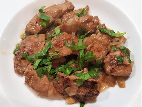 Foie de veau à la vénitienne - fegato alla veneziana