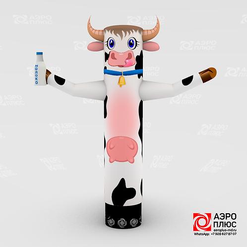 Надувная корова для рекламы молочной и мясной продукции