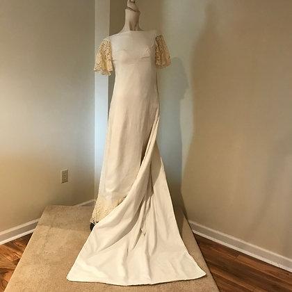 Harzfelds 1970's Vintage Ivory Linen Wedding Dress with Watteau Train