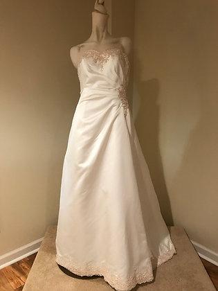 New David's Bridal Wedding Dress