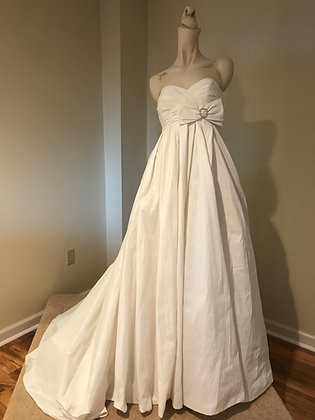 Galena Size 2 Sweetheart Strapless Ivory Taffeta Empire Wedding Dress