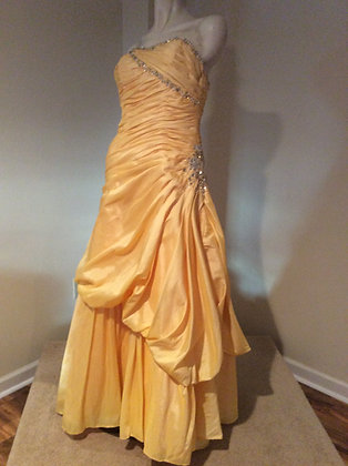 Flirt by Maggie Sottero Prom Special Occasion Dress