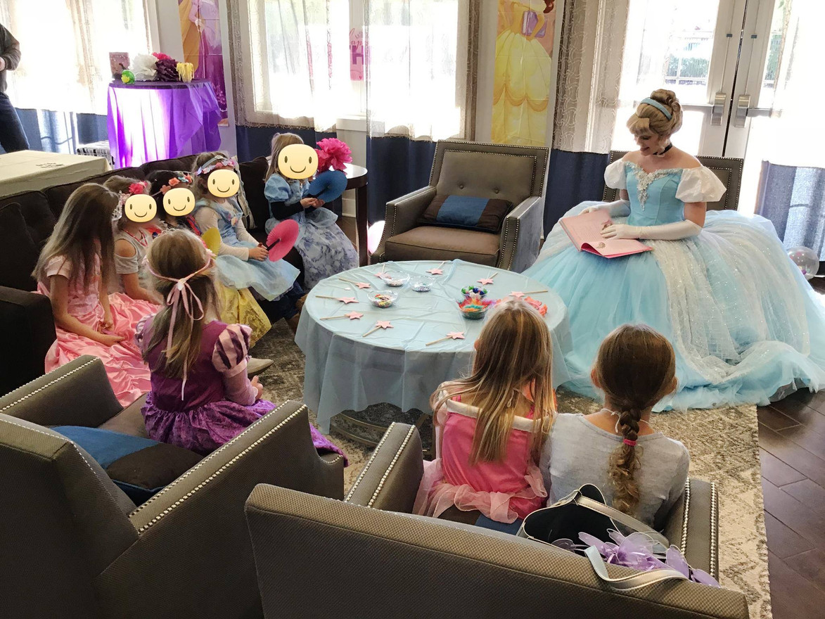 Story time with Glass Slipper Princess