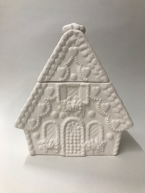 Gingerbread House Biscuit Tin