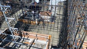 ☆☆現場便り☆☆ 中川区伏屋新築工事 基礎工事を進めています。基礎ベースコンクリートを打設しました。