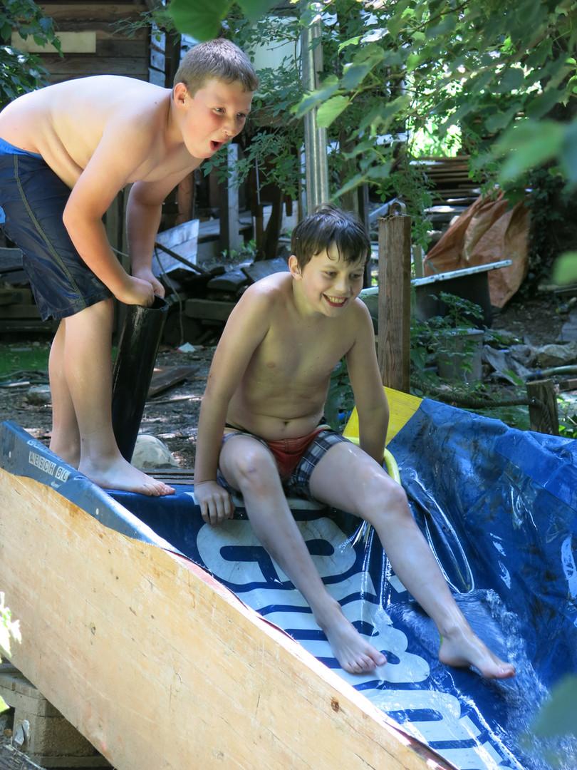 Wasserrutschi gniesse