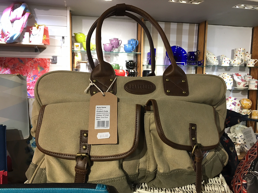 Mens Holdall in stone and khaki