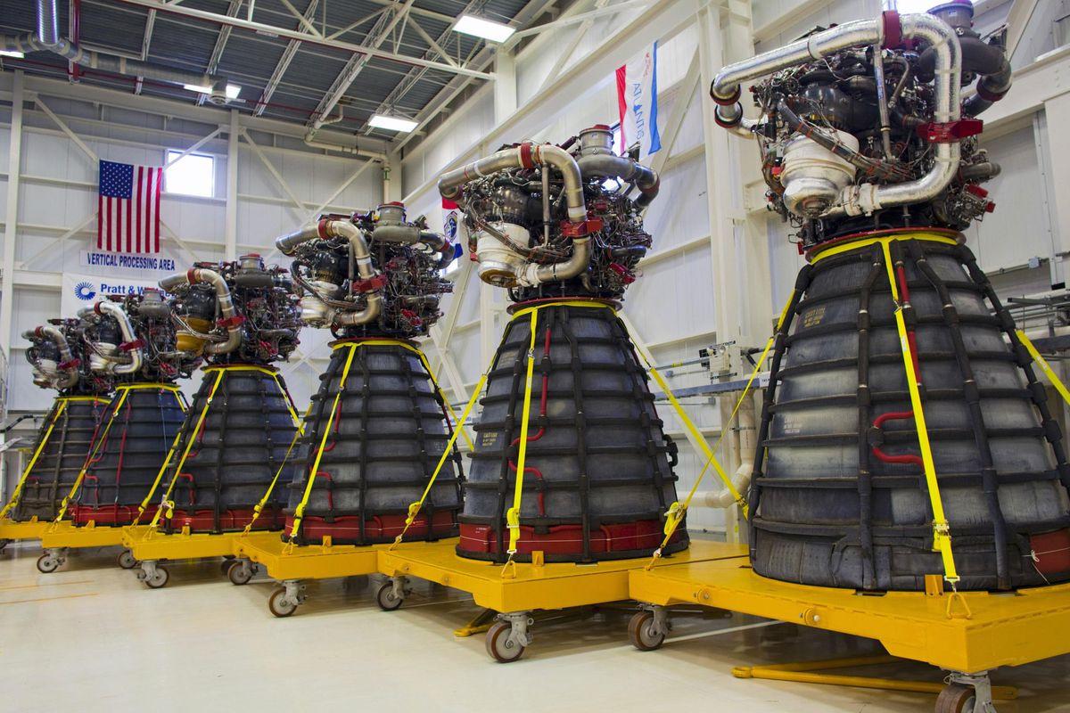 Pratt_Whitney_Rocketdyne_space_shuttle_m