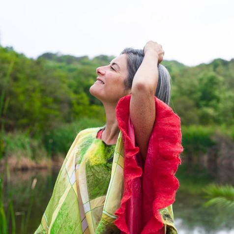 Seda de India. Volantes de fieltro de lana merino y fibras de seda.
