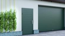 Гаражная дверь должна быть красивой! Отличное решение: дверь в одном стиле с подъемными воротами!
