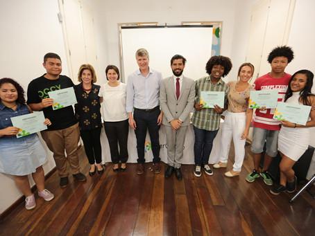 Com Futuro e Sem Medo: SerCidadão realiza formatura de cursos profissionalizantes