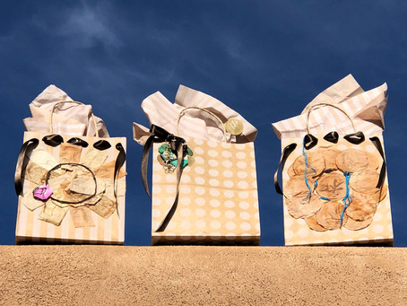 Holiday Gift Bag Event!