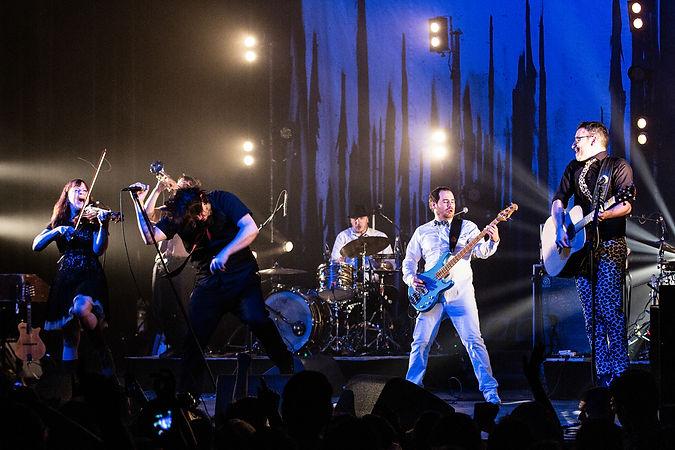 Photo_full_band_Hi_créditLePetitRusse.jp