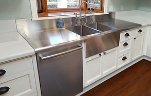 Custom stainless sink by Berlin Food & Lab Equipment