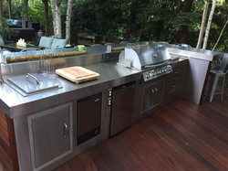 OUTDOOR STAINLESS BBQ PENINSULA