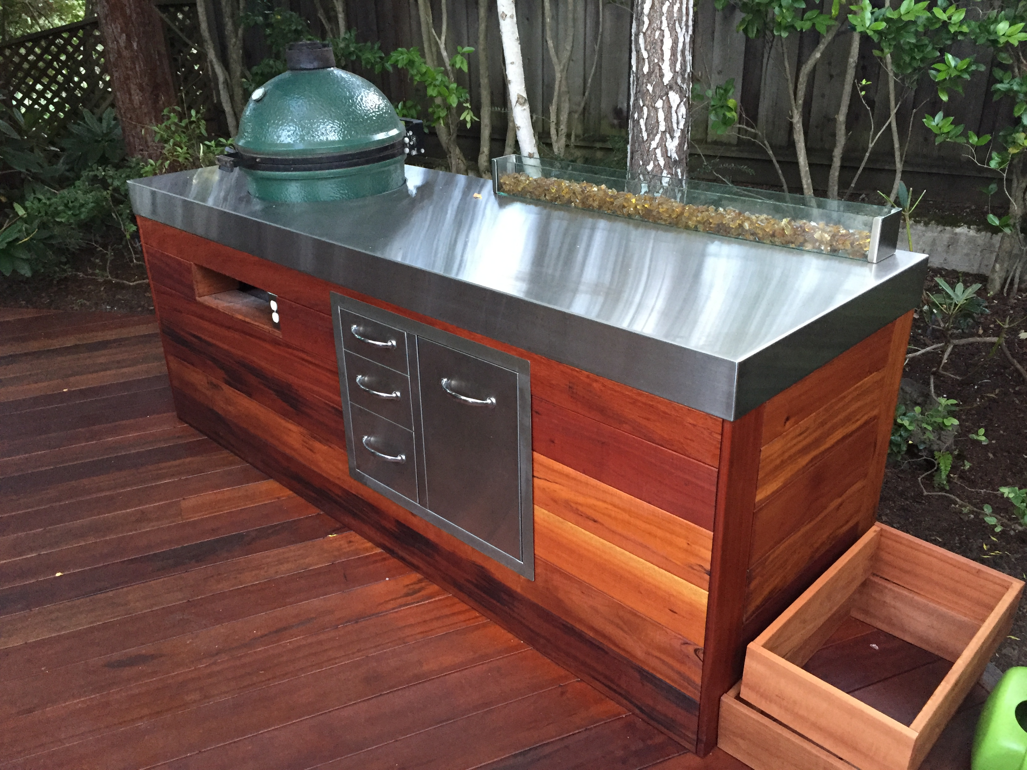 OUTDOOR STAINLESS BBQ COUNTERTOP