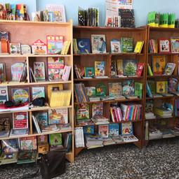 La bibliothèque de l'école Bresma de Port-au-Prince