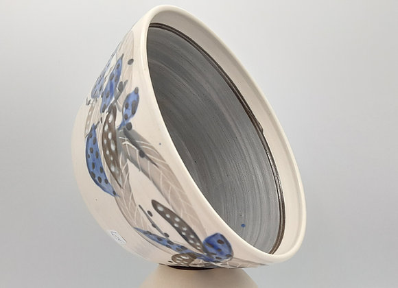 Saladier, motif plume, intérieur bleu-gris