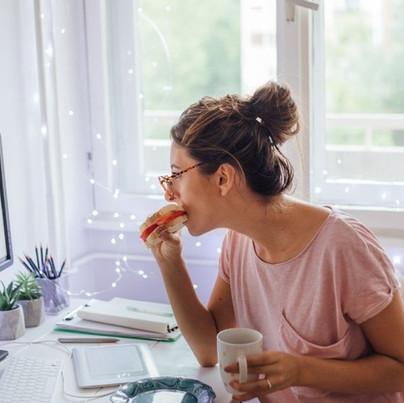 Como se manter mais organizada quando você trabalha em casa