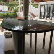 colcoacao de mesa grande em granito preto sao gabriel