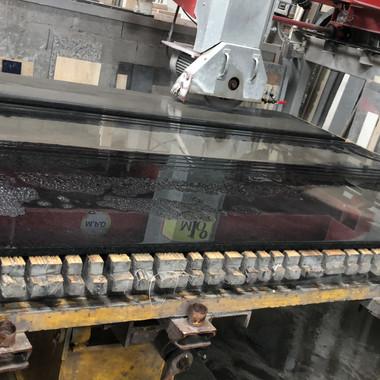 corte para projeto em preto sao gabriel