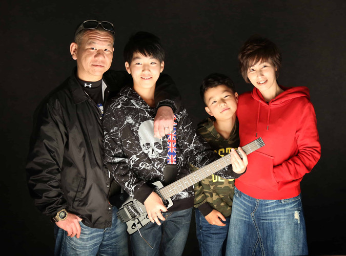 Image_Family02.jpg