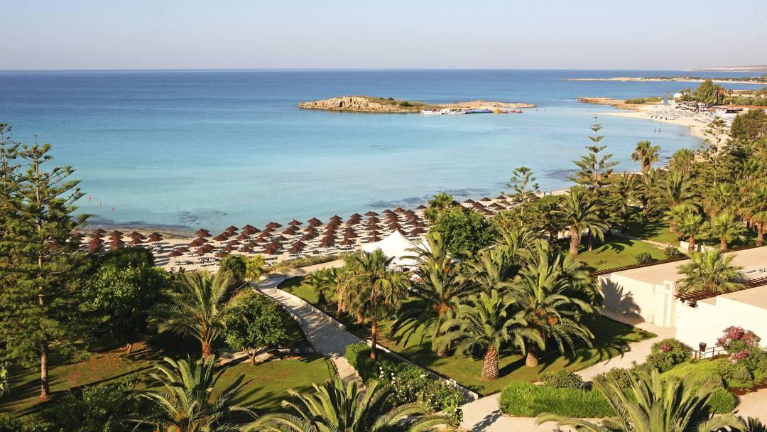 Last minutes Cyprus