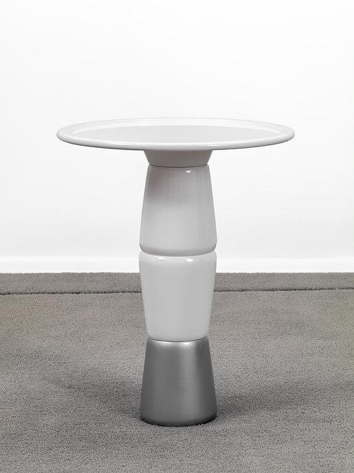 Mesa lateral Capsula   Design de Mula Preta