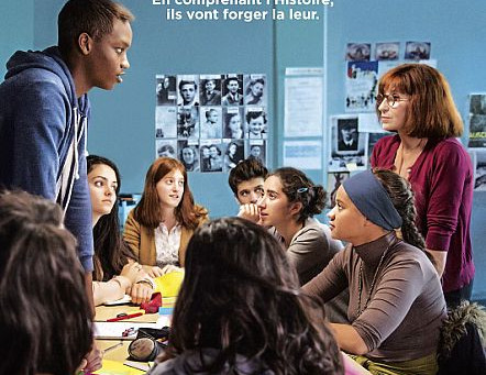 Today I've lectured to high school students in 'Lev' cinema on the French film Les Herit