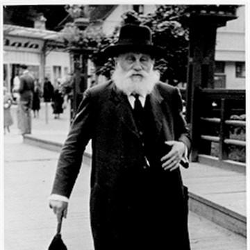 Gershon Weinstock in Lehashovitz 1920.jpeg