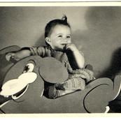 1943 Ruthie Schreiber.jpg