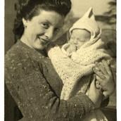 1943 Sara & Ruthie.jpg