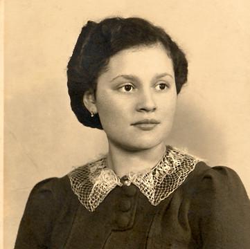1938 Fay Weinstock.jpg