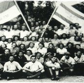 1942 Zwi - kladova group.jpg