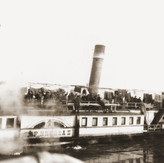 Jewish refugees from the Kladovo transport aboard the Czar Nichola II riverboat.jpeg