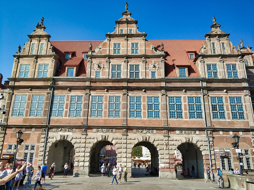 Gdansk Green Gate Long Market