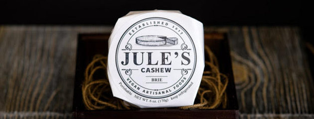 Jule's Classic Cashew Brie
