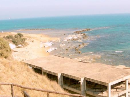Mediterraneo sotto attacco di cemento, sversamenti e pesca illegale: il dossier Mare Monstrum 2020.