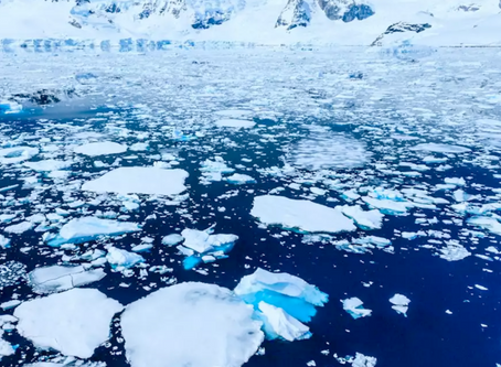 Scoperta una falla di 70 metri che sprigiona gas in Antartide.