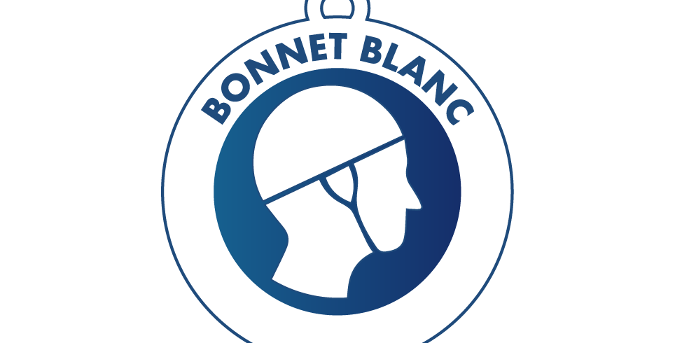Stage : bonnet blanc