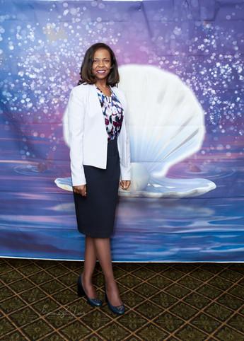 Ms. Karen Andre