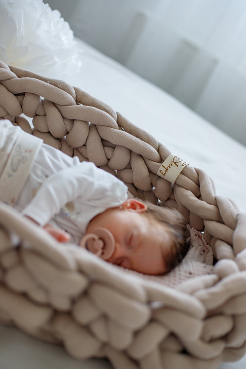 Sleepy baby nest  - 100% Organic Cotton