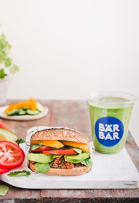 Bär_Bar_pieni_Pulled_Oats_Sandwich_ja_